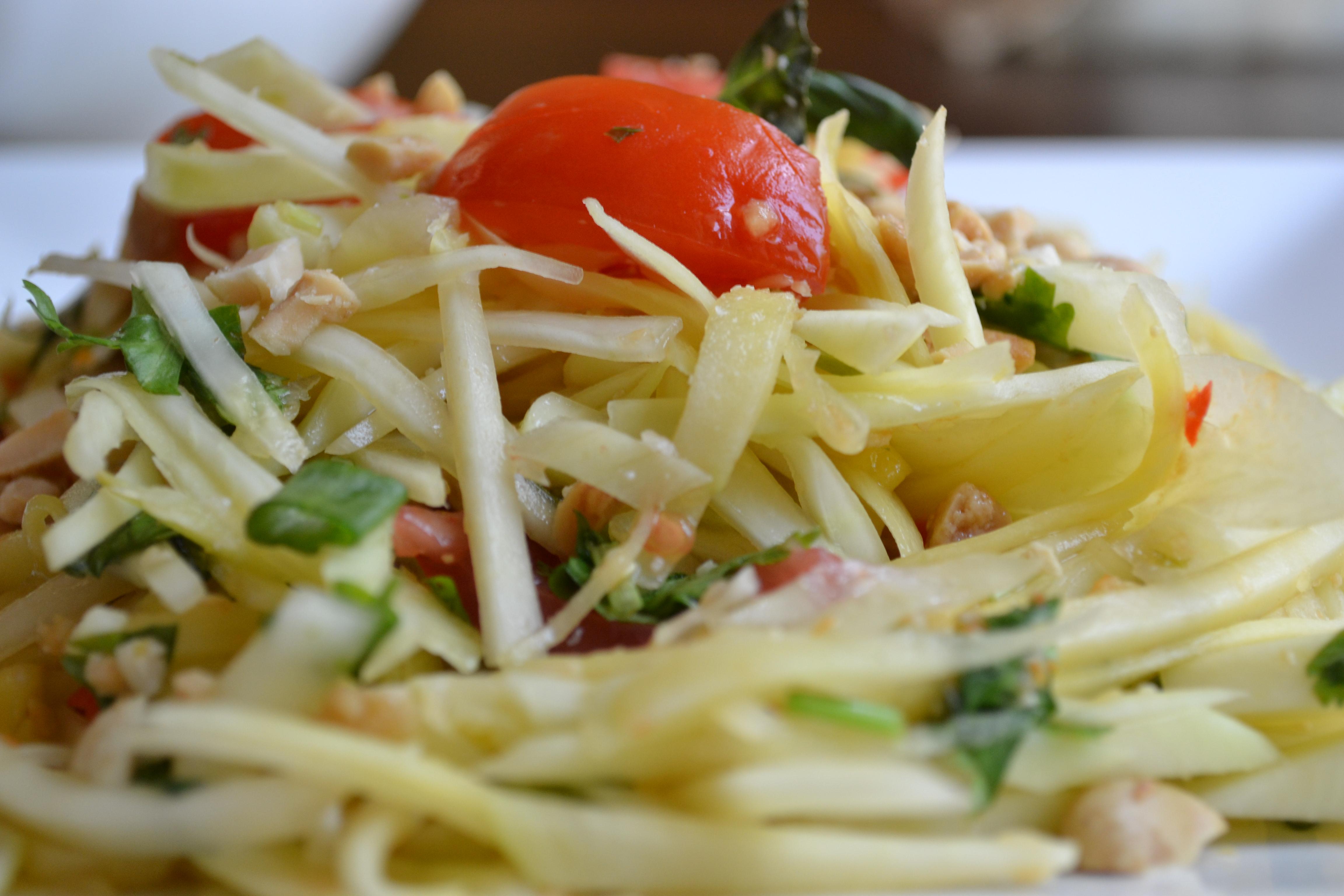 Green Papaya and Mango Salad   cookingwithshy